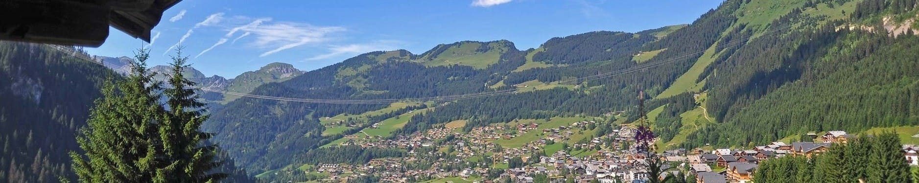 Summer view of Châtel France ©Thiebaut