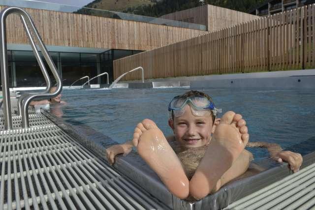 Hotel + Aquatic Centre Forme d'O