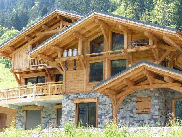Chalets & Large Apartments
