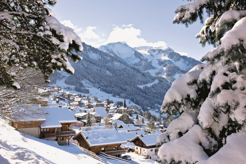 Access to Chatel