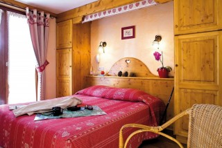 hotel-booking-belalp-chatel-vonnes-5-779
