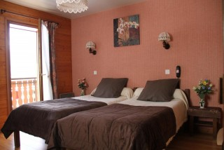 hotel booking BIENVENU chatel