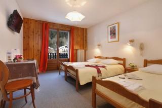 hotel-booking-eliove-les-eaux-vives-chatel-linga-1-791