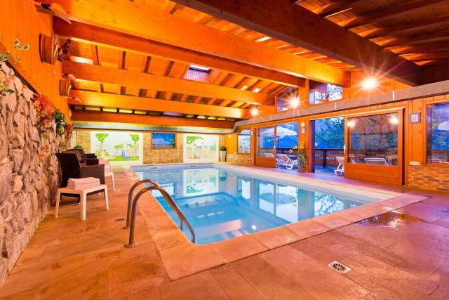 5-triolets-piscine-906
