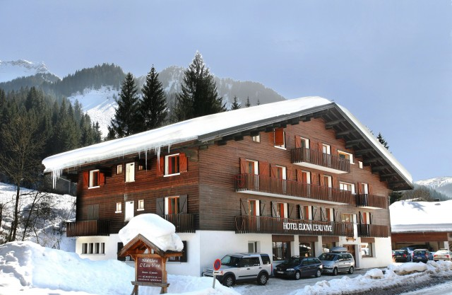 hotel-booking-eliove-les-eaux-vives-chatel-linga-123-792