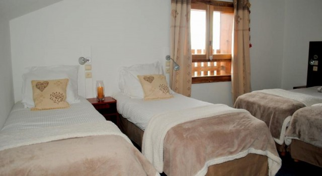 hotel booking l'escale super chatel