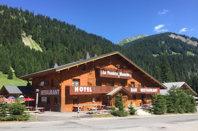 Hotel La Perdrix Blanche Châtel MTB