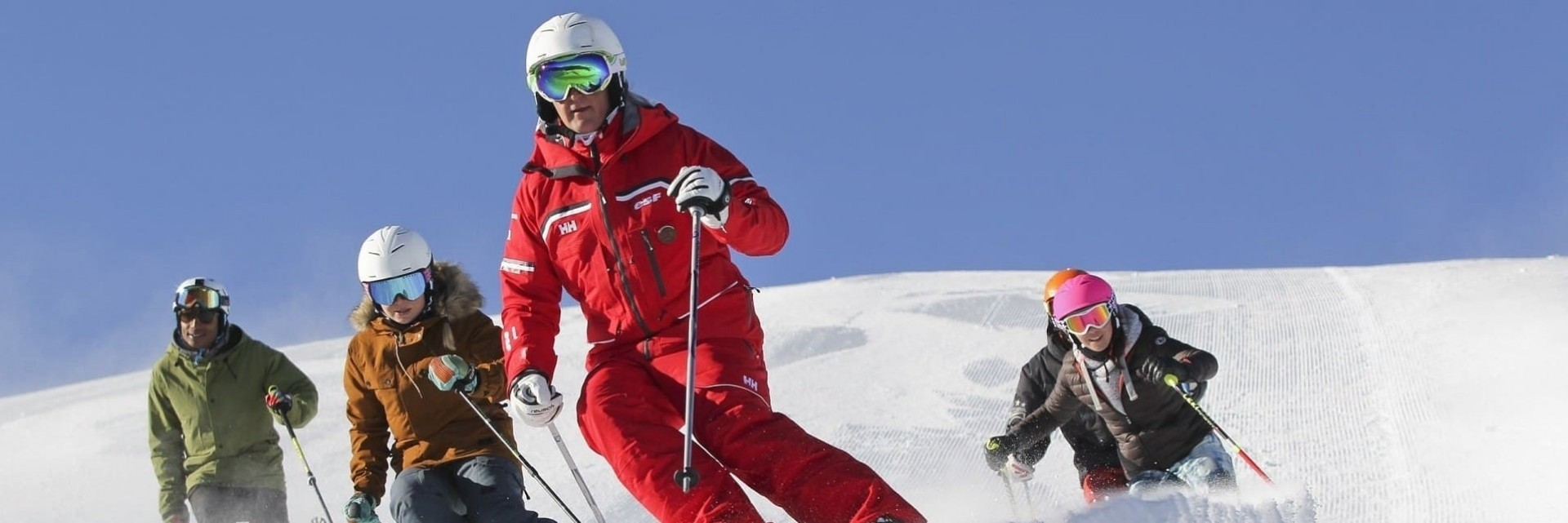 Adult skiing lessons ESF Chatel February