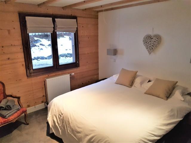 11-bedroom-1-2932302
