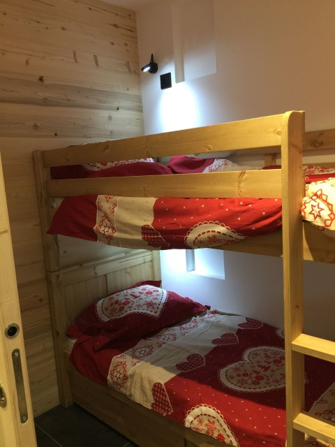 Appartement 103, résidence Bois Colombe, Chambre 2 lits simples + 2 lits superposés Châtel France