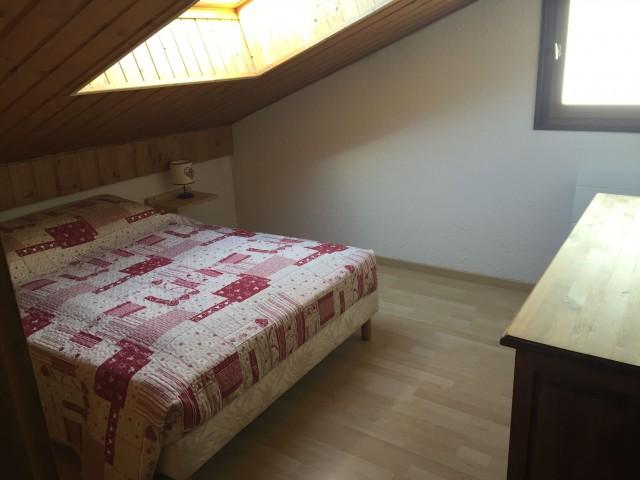 Appartement Chalet du Perthuis 16B, Chambre Châtel