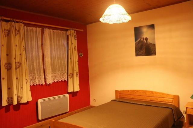 Appartement Choucas Blanc Gentianes Chambre Châtel