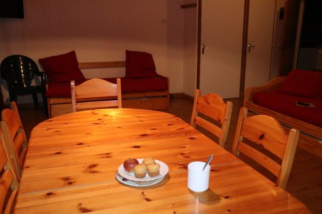 Appartement Choucas Blanc Marmotte Salon Châtel 2