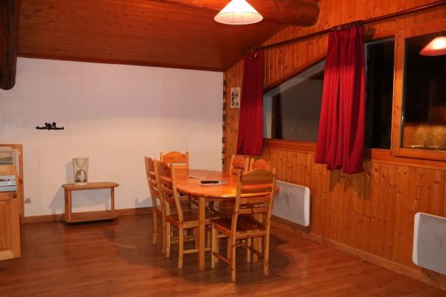 Appartement Choucas Blanc Marmotte Séjour Châtel 2