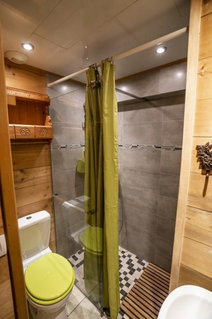 Appartement dans Chalet L'Igloo 3 Salle de Douche Châtel