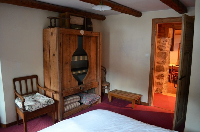 Appartement dans chalet la clairière, Chambre 1 lit double, Châtel Alpes du Nord