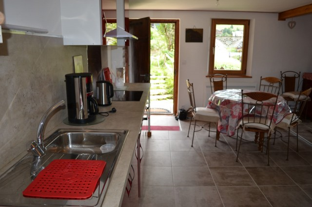 Appartement dans Chalet La Louise Cuisine Châtel 2