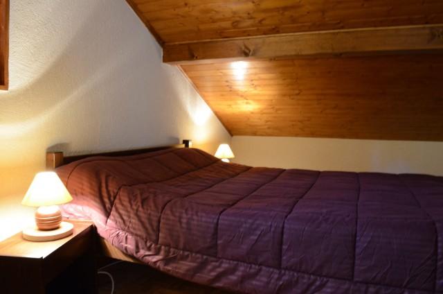 Appartement dans chalet le Bivouac, Chambre 1 lit double, Châtel Portes du Soleil