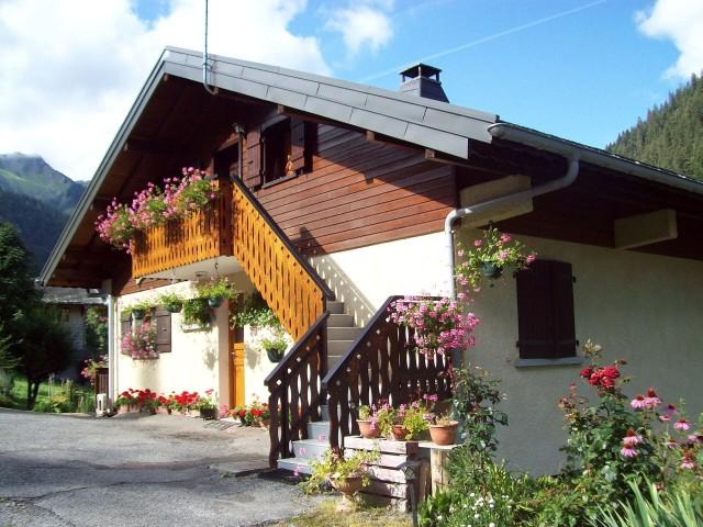 Appartement dans chalet le Bivouac, vue du chalet, Châtel