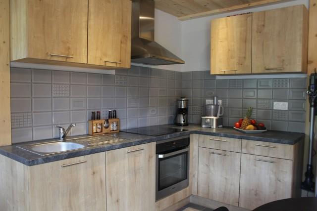 Appartement dans chalet le bois joli cuisine Châtel