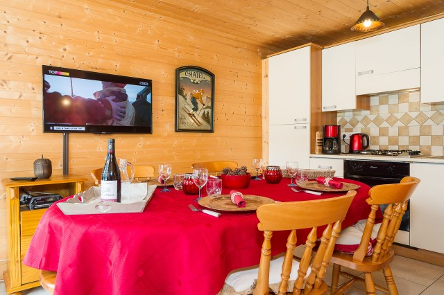 Appartement dans chalet les Clochettes, Salle à Manger Châtel 74