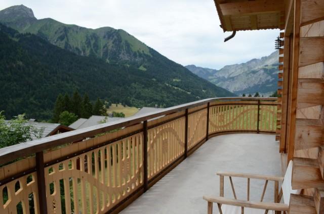Appartement dans chalet Les Greniers Balcon Châtel 2