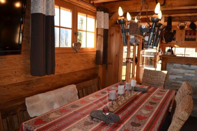 Appartement dans Chalet Sandettie Salle à Manger Châtel