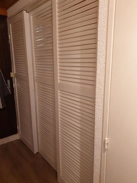 Appartement la toison blanche 55 C couloir Châtel