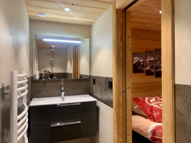 Appartement le Terroit 01B Salle de bain Châtel