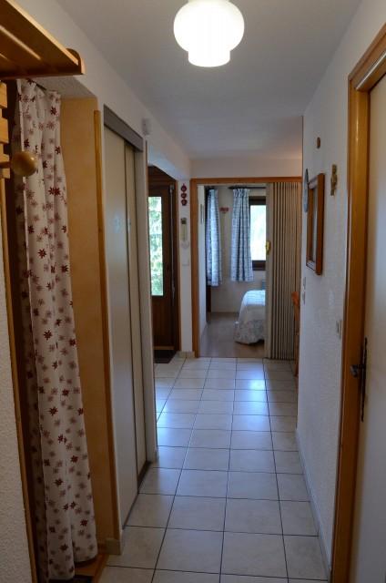 Appartement Les Sorbiers 002 couloir Châtel