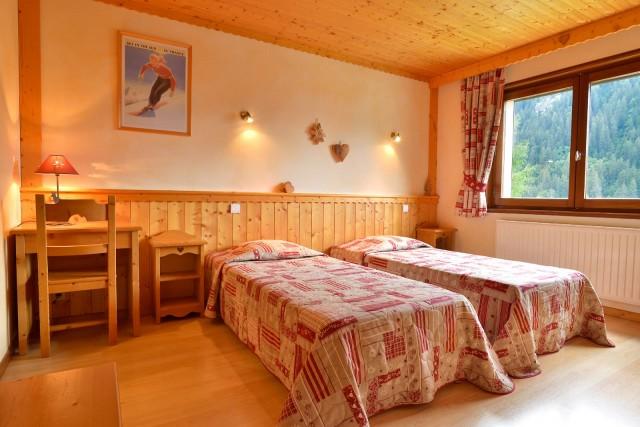 Appartement n°3 dans résidence le Blanchot, Chambre avec 2 lits simples, Châtel