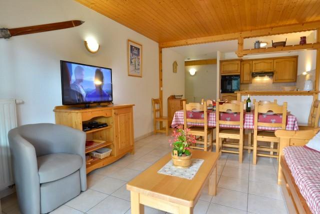 Appartement n°3 dans résidence le Blanchot, Séjour, Châtel Alpes du Nord