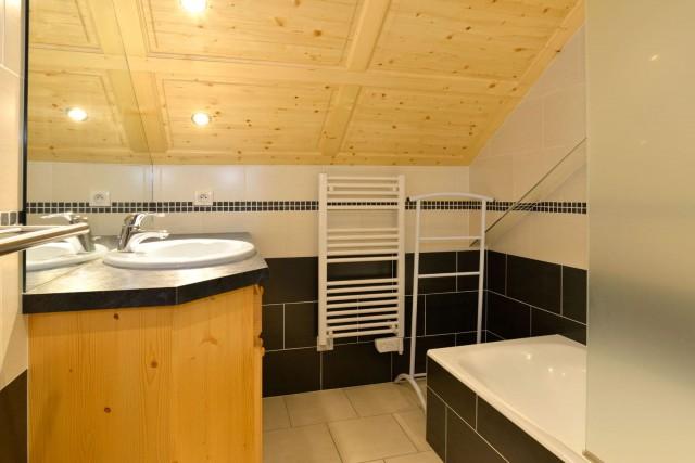 Appartement n°4 chalet L'EPICEA, Salle de Bain Châtel