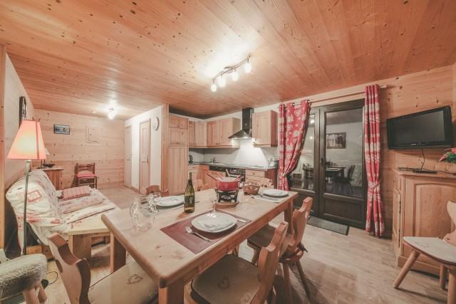 Appartement n°4 dans résidence Lou Candres, séjour, Châtel Haute Savoie