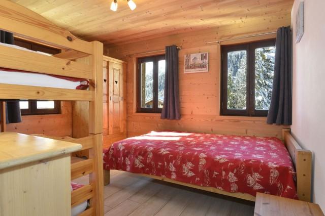Appartement n°5 dans chalet l'EPICEA, Chambre Châtel Montagne
