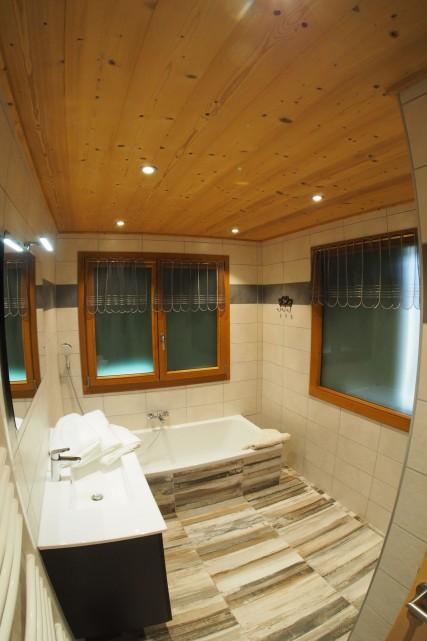 Chalet La Calèche 12 salle de bain Châtel 2