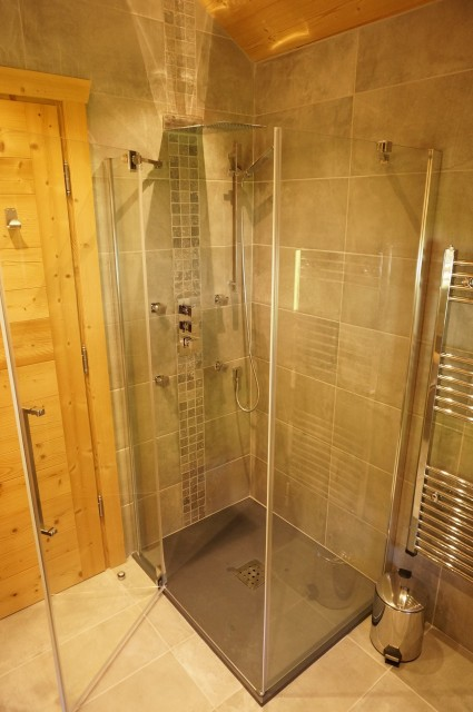 Chalet les 3 ours salle de bain Châtel Haute Savoie