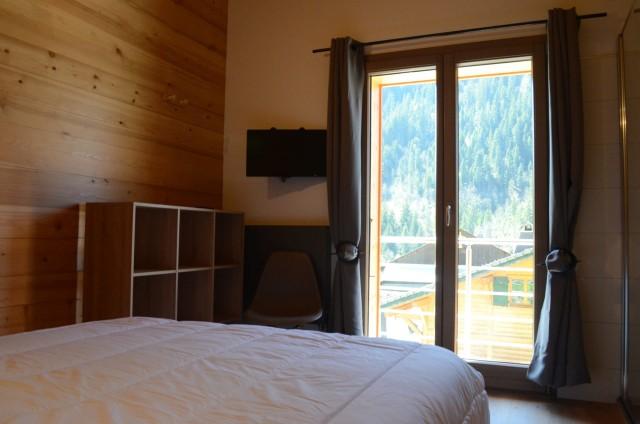 Chalet les sources, chambre 1 lit double (140x190) à l'étage, Châtel