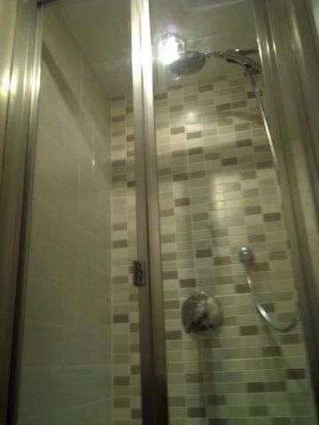 shower-room-9374