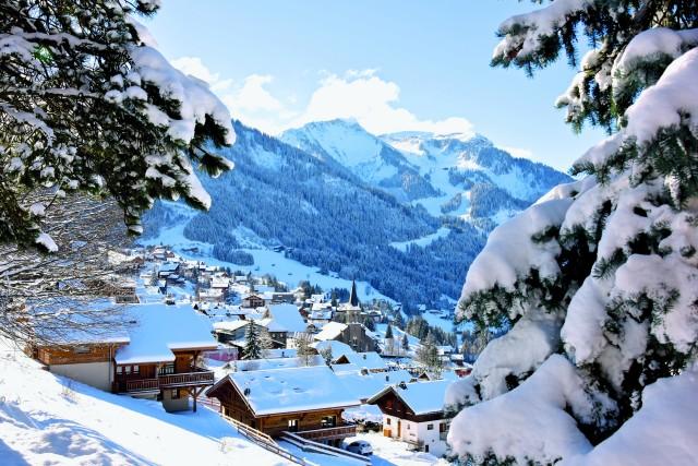 Village de Châtel en hiver, location appartement, ©l-meyer