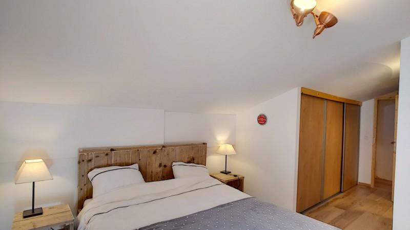 6-chambre-lit-double-etage-3622983