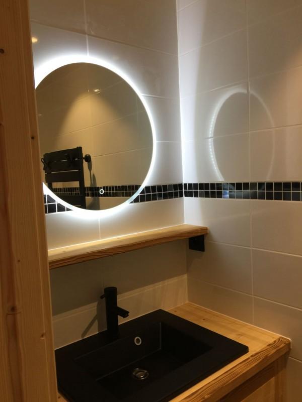 Appartement 103, résidence Bois Colombe, Salle de douche n°2 Châtel