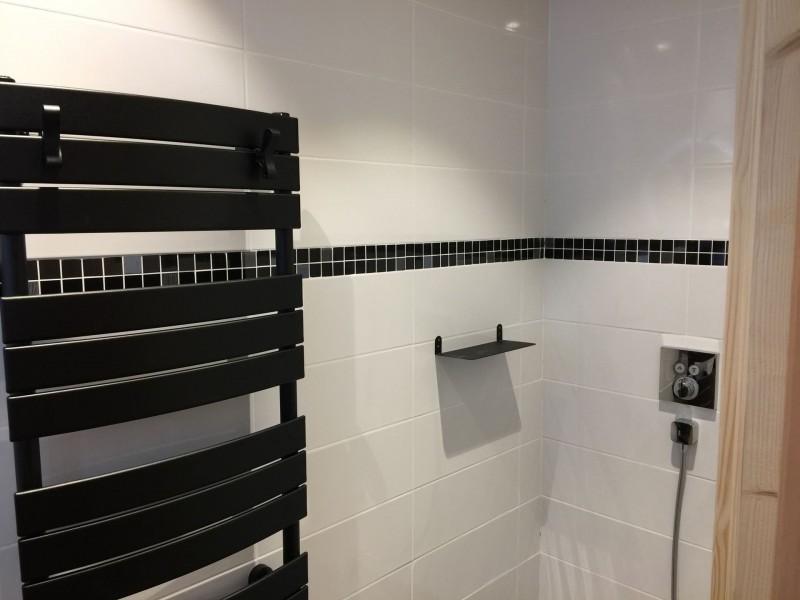 Appartement 103, résidence Bois Colombe, Salle de douche n°2 Châtel Haute Savoie
