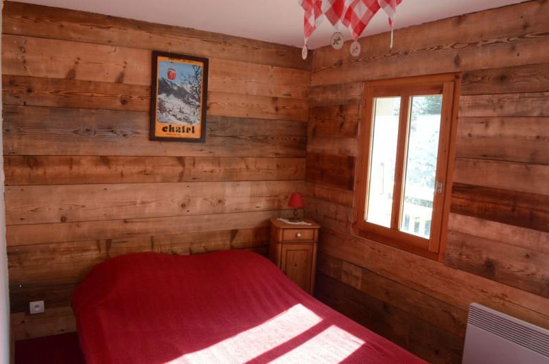 Appartement dans chalet la clairière, chambre 1 lit double, Châtel