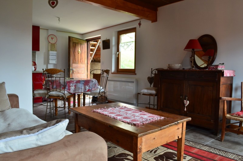 Appartement dans Chalet La Louise Salon Châtel 2
