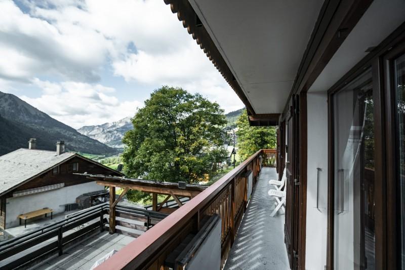 Appartement dans Chalet La Puce Vue du Balcon Châtel  Haute Savoie