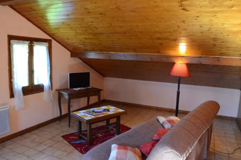 Appartement dans chalet le Bivouac, Salon, Châtel