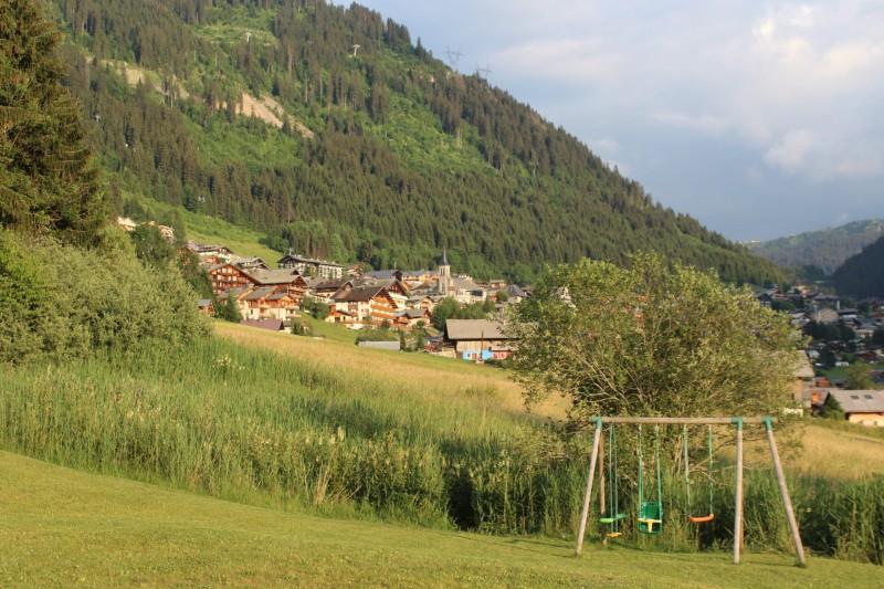 Appartement dans chalet le bois joli été balançoire Châtel Haute Savoie