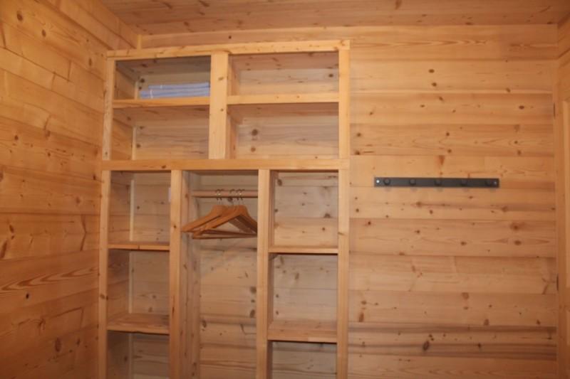 Appartement dans chalet le bois joli été placard Châtel