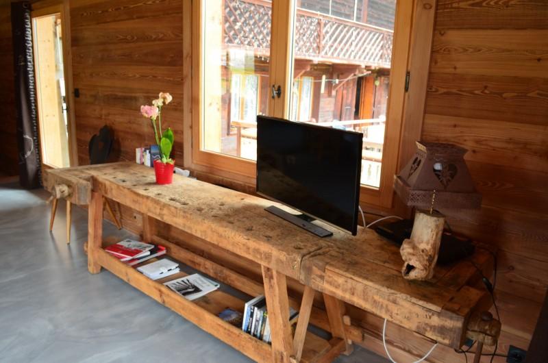 Appartement dans chalet Les Greniers Salon Châtel 2